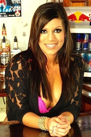 Briana Lee Bartender - Picture 3